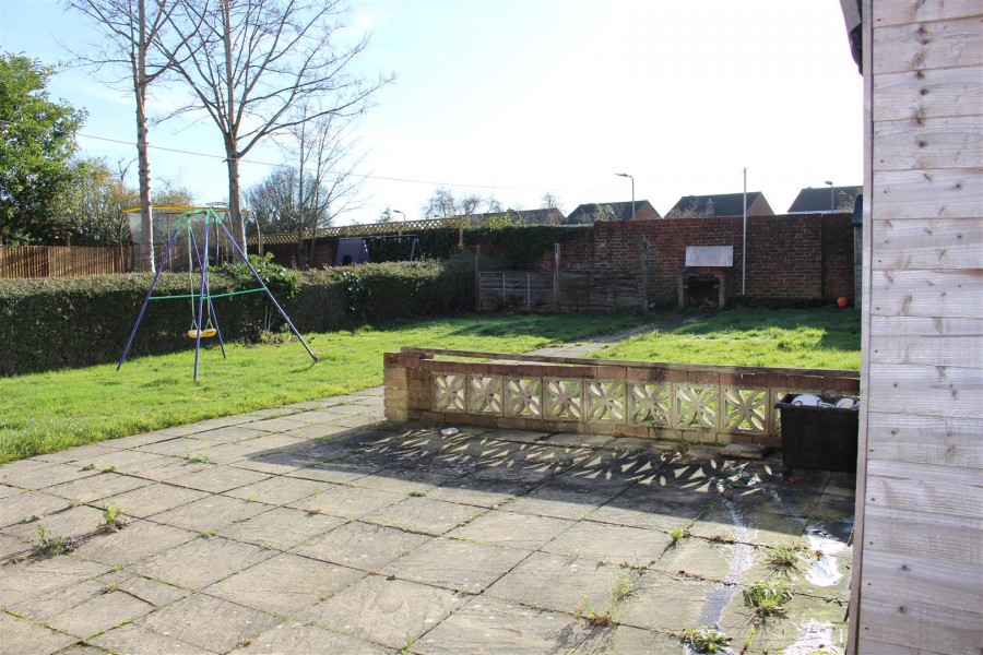 Images for Headley Road, Woodley, Reading EAID:wentworthapi BID:3