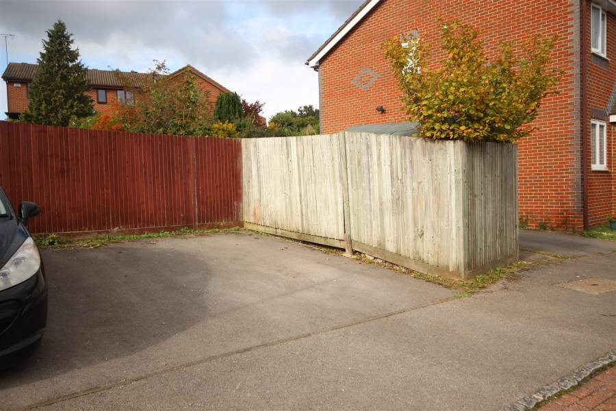 Images for Stephen Close, Twyford, Reading EAID:wentworthapi BID:3