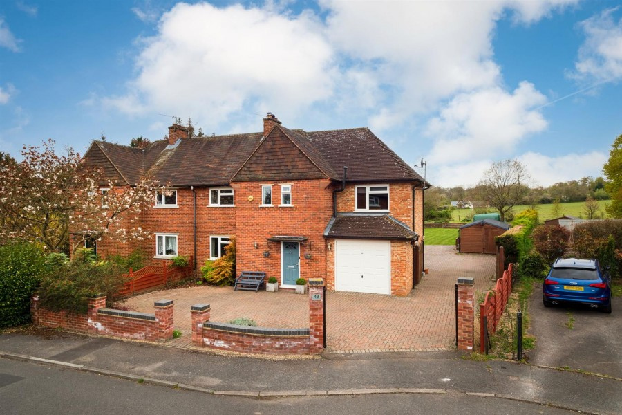 Images for Choseley Road, Knowl Hill, Reading EAID:wentworthapi BID:3