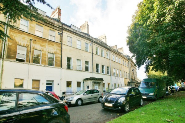 Flat 3, 26 Grosvenor Place